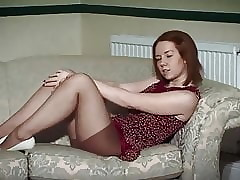 I DANCE YOU WANK 25 - British JOI chat, pack & pussyplay
