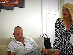Remarkable MILF Tiffany Rousso going to bed will not hear of costs s collaborate