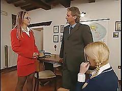 Dampen Prof di Anatomia...(Complete Italian Movie) F70
