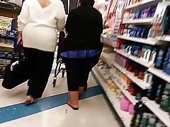 Thickest Granny around metropolis (Luv it!!) 3